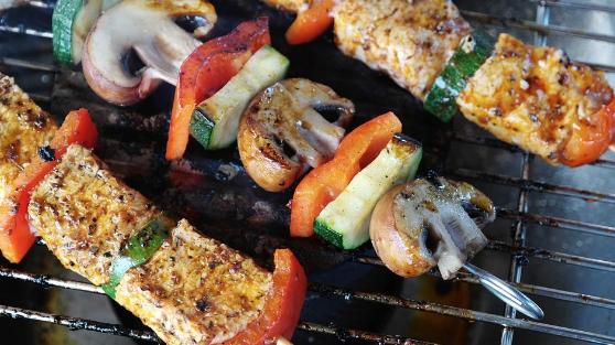 grilling-steak