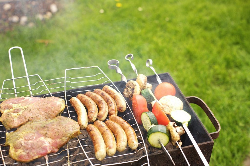 Five Accessories You Need For Your BBQ Setup